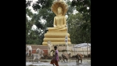 Children uncover ancient statues in Cambodia